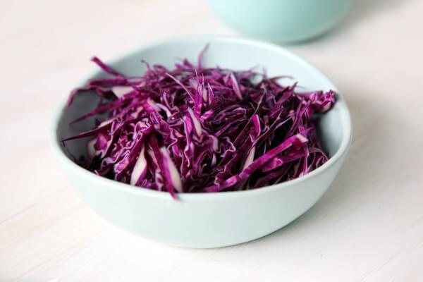 салат из краснокочанной капусты и кукурузы, заправка для капустного салата