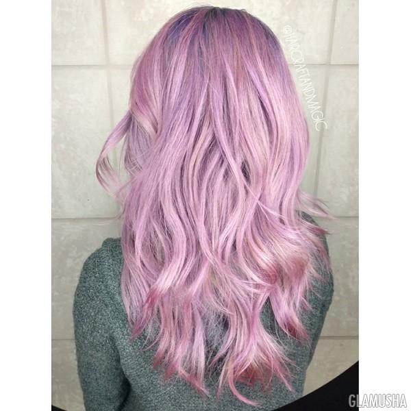Фиолетово-розовые волосы