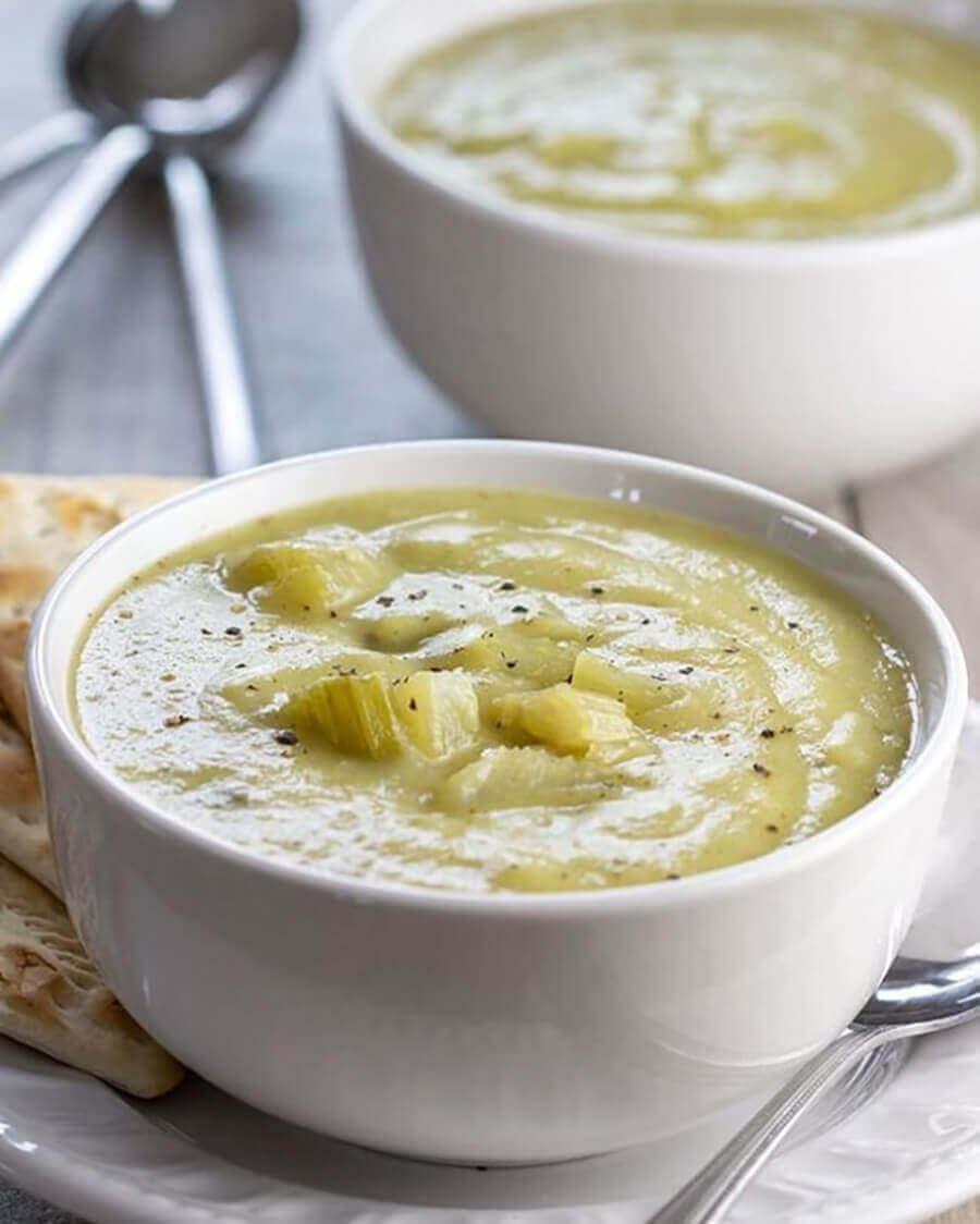 диетический суп из сельдерея и курицы