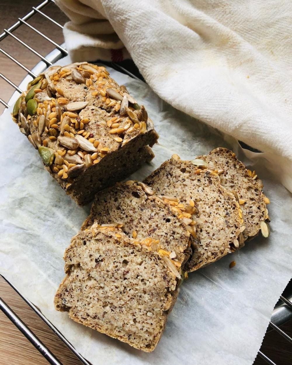 Диетический хлеб без сахара и дрожжей