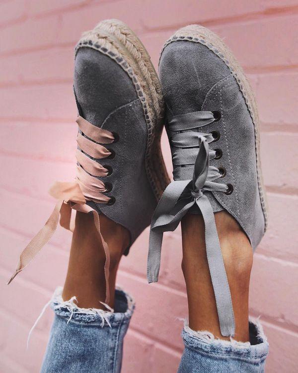 4d817dfa0 Как ухаживать за замшевой обувью в домашних условиях (народные средства)