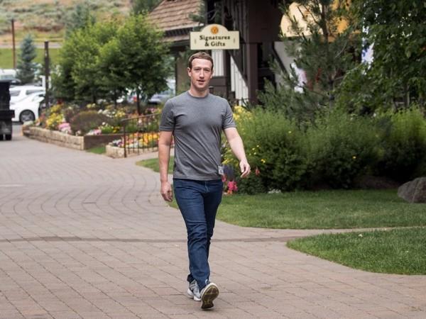 Футболки Марка Цукерберга шьют известные бренды