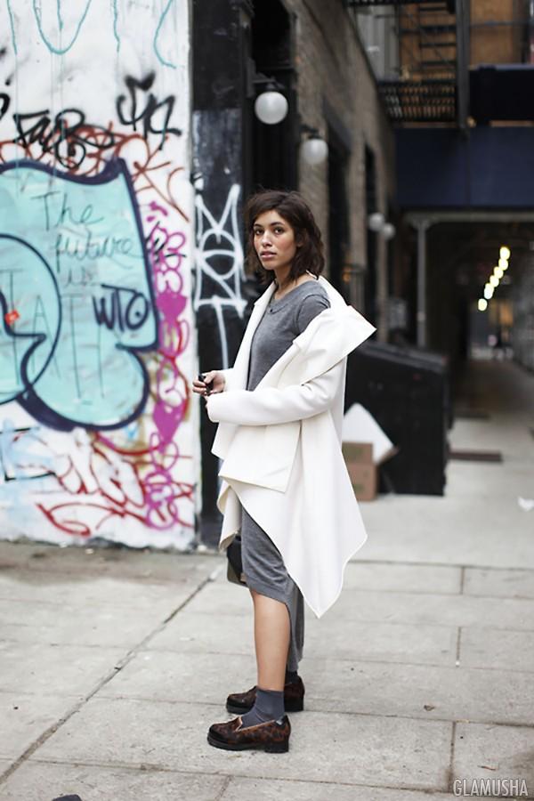 белое пальто женское