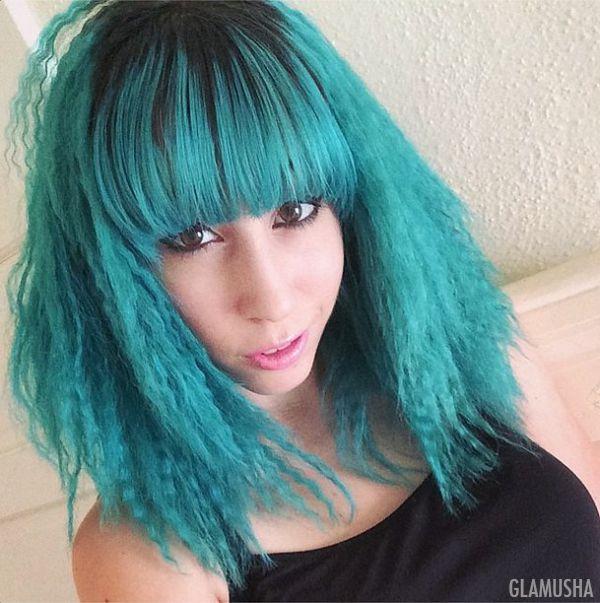девушки с разноцветными волосами