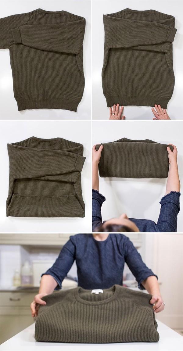 как сложить свитер
