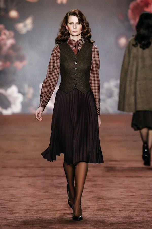 плиссированная юбка с чем носить зимой