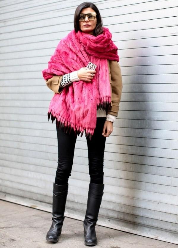 какие шарфы носить с курткой