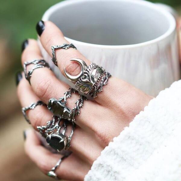 как правильно носить кольца на фалангах