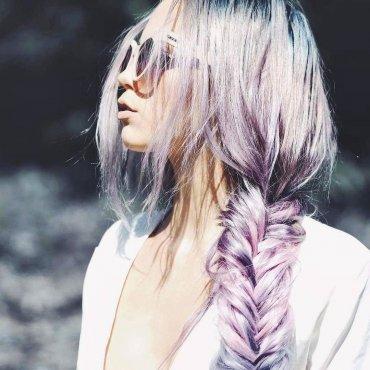 Голографические волосы - тренд вашей мечты