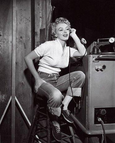 10 знаменитых «джинсовых» икон стиля