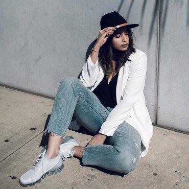 Модные блогеры отдают предпочтение кроссовкам Nike Air VaporMax