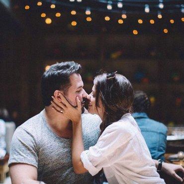 Романтичный подарок: парные часы для него и для нее