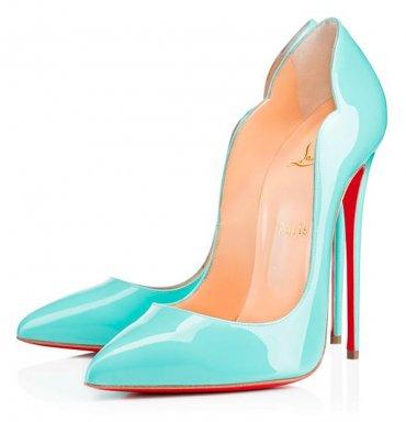 Кристиан Лубутен позволил нам взглянуть одним глазком на новую коллекцию обуви Весна-2015