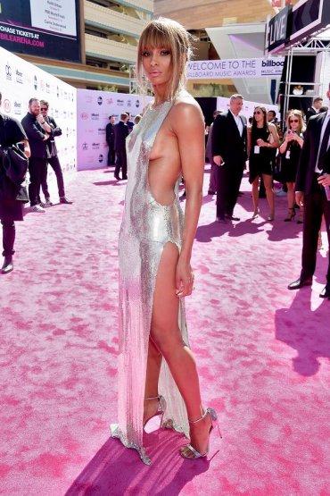 Billboard Music Awards: наряды знаменитостей