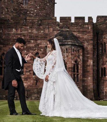 Ради такого свадебного платья Сиара должна была выйти замуж