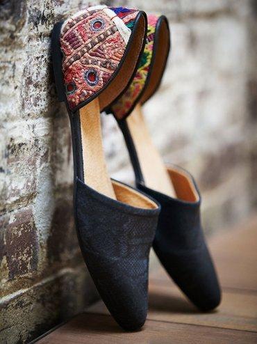 Отсутствие педикюра не проблема: 25 пар обуви с закрытым носом