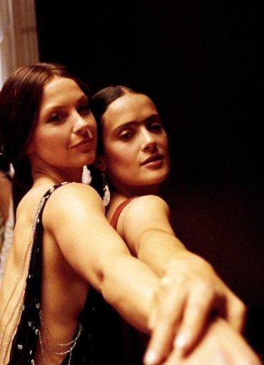 15 самых чувственных любовных женских сцен в кинематографе