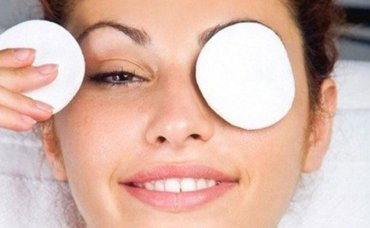 Снятие макияжа: как и какими средствами