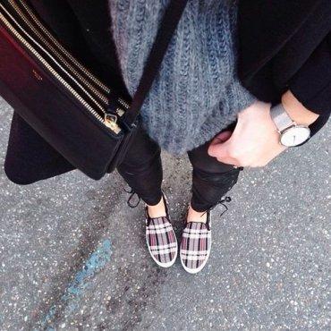 Женские слипоны: с чем носить