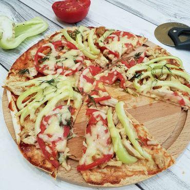 Диетическая пицца: ПП рецепт из курицы, без теста, на овсянке