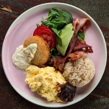 45 полезных низкокалорийных продуктов и размер их порций