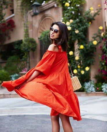 Читать стиль по губам: лучшие красно-оранжевые помады