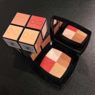 Вдохновение кубиком Рубика: крутейшая палетка от Chanel весна 2017