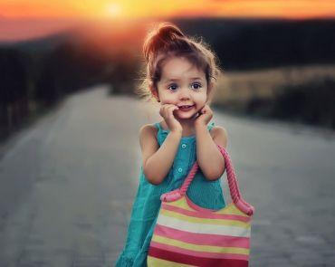 Шерентинг детскими фото: в чем кроется его опасность