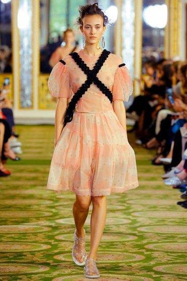 Модные тенденции 2016: Рукава-фонарики
