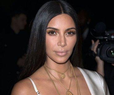 """Визажист Ким Кардашян не поддерживает моду на """"инстаграмные"""" брови"""