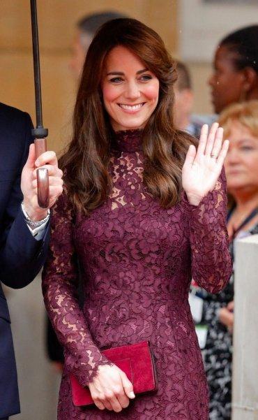Кейт Миддлтон: королевский хук кружевами Dolce & Gabbana