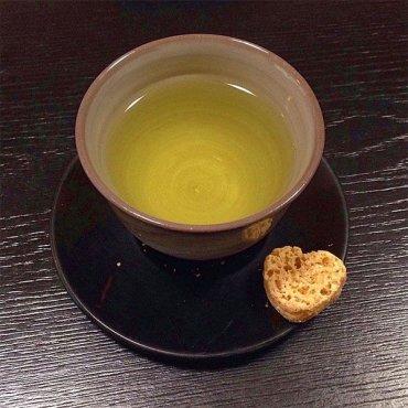 Как правильно пить зеленый чай, чтобы терять килограммы: сделали глоток, похудели